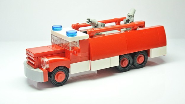 How To Build A Vintage Tatra 148 Lego Fire Truck Instructions