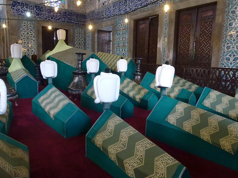 Turquie - jour 23 - Balades poétiques et visages stambouliotes - 010 - Tombeau du Sultan Ahmed Ier