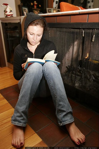 Megan Barefoot By The Fire Reading Fast Food Nation M