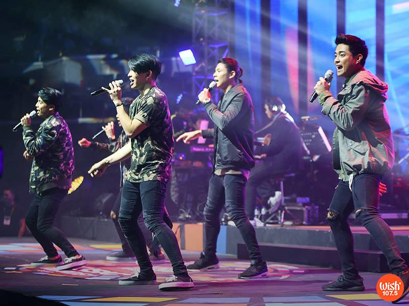 BoyBandPH started the party inside The Big Dome with their debut single unli