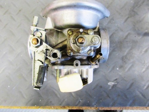 Right Carburetor Choke Housing and Throttle Assembly