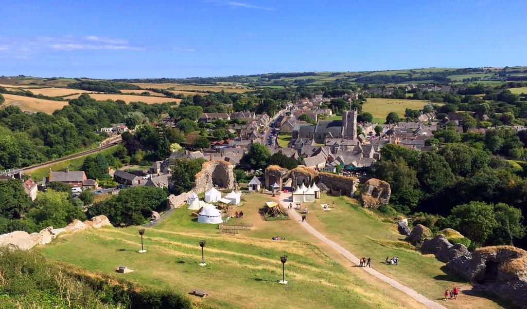 """Castillo de Corfe - La Bruja Novata - Inglaterra castillo de corfe Escenarios de """"La Bruja Novata"""" – Castillo de Corfe 32823878916 ea88f078ba b"""