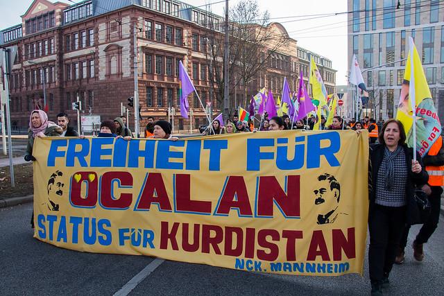 """Demo """"Freiheit für Öcalan"""""""