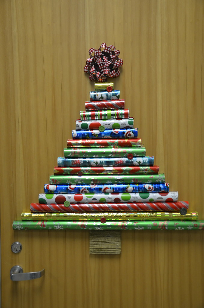 Christmas Door Decorating Contest By University Of The Fraser Valley