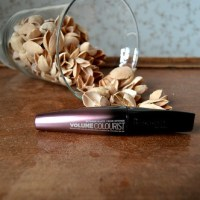 Beauty: Rimmel - Volume Colourist Mascara