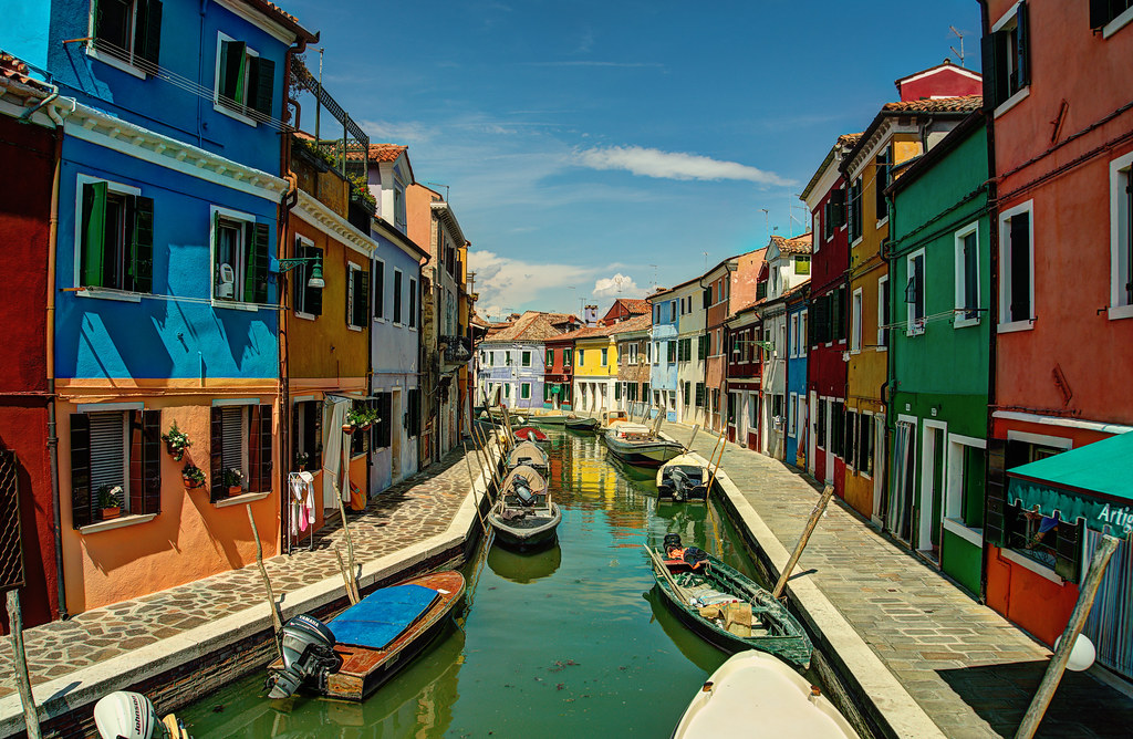 Burano Italy Burano And Murano These Are Two Different
