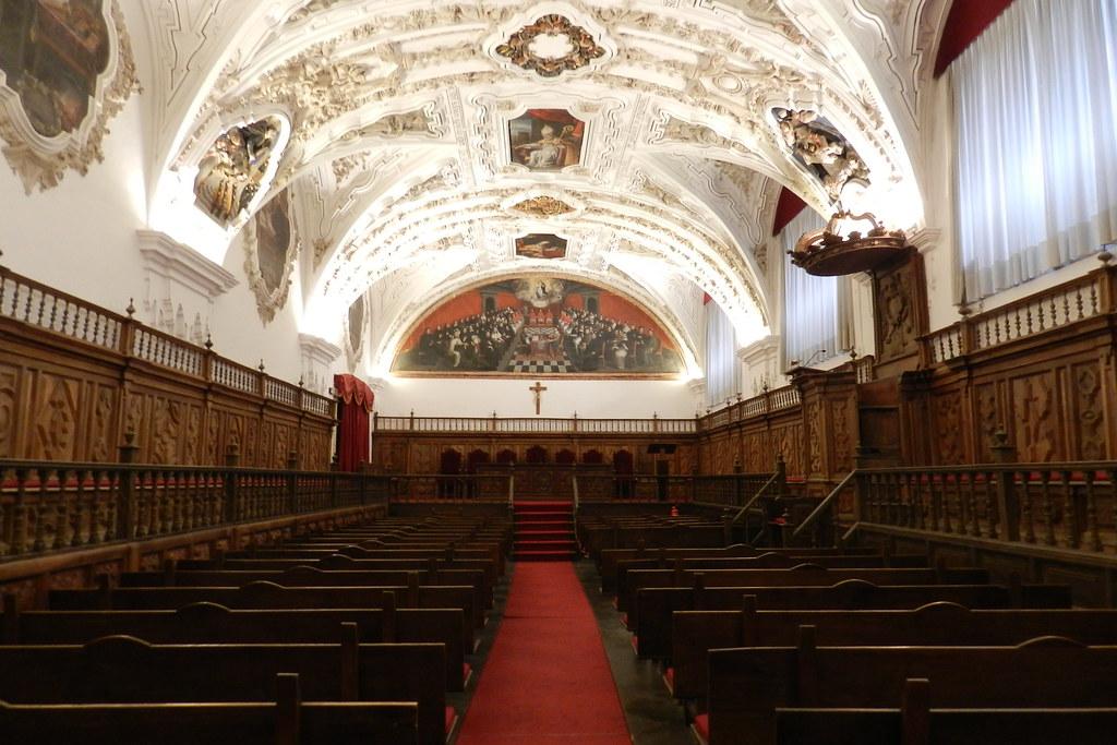 Aula Magna de Universidad Pontificia Salamanca 15