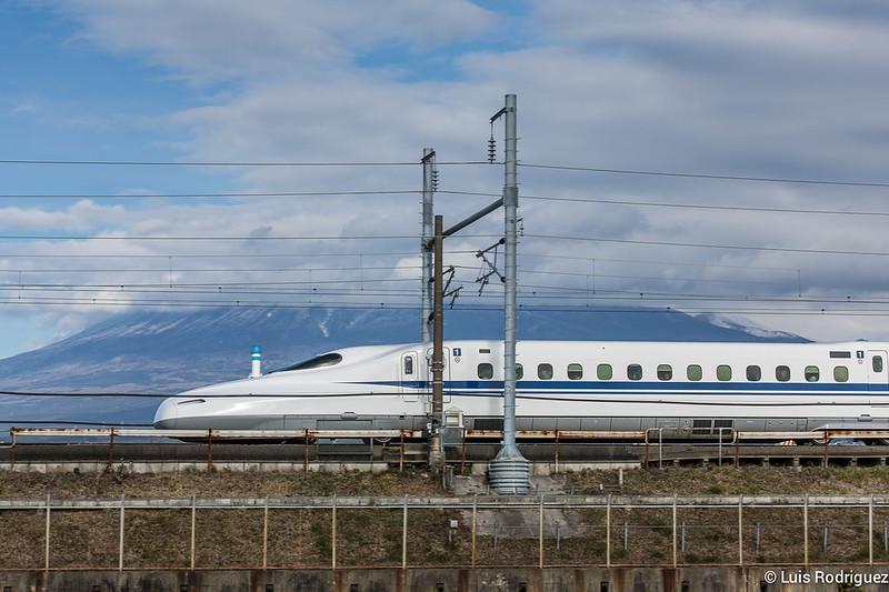 Shinkansen-Monte-Fuji-27
