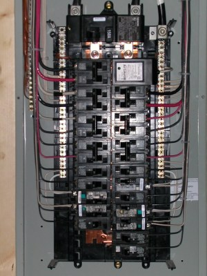 Electrical closeup | Siemens 3040 150A Main Breaker panel