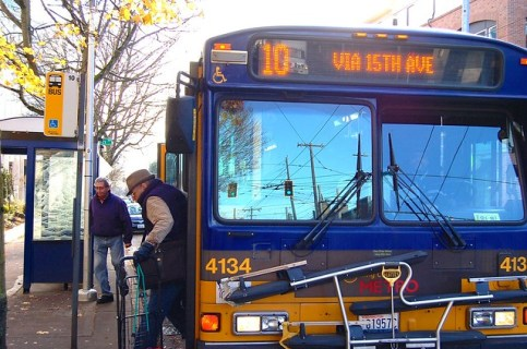10 bus on 15th Ave E