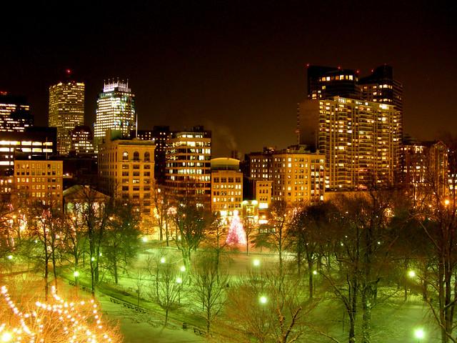 Boston Winter Night Christmas Lights And Street Lamps Illu Flickr
