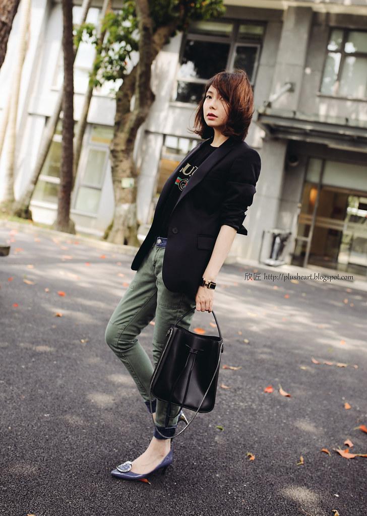 ▌Outfit ▌偽上班的心情:3.1 Phillip Lim Soleil Bucket Bag + Stella McCartney Blazer + Gucci logo T