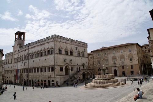Perugia Palazzo dei Priori en de Fontana Maggiore
