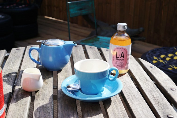 Tea and kombucha drink from Common Grounds | my gluten free Finsbury Park guide | Stroud Green
