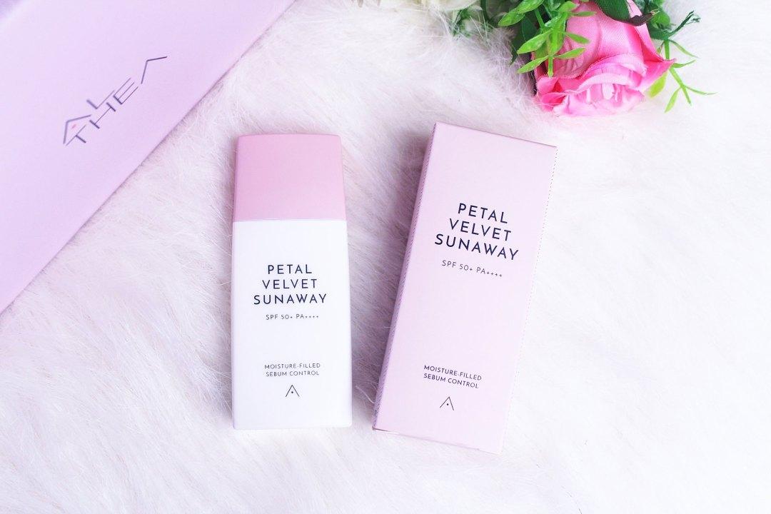 Althea's Petal Velvet Sunaway