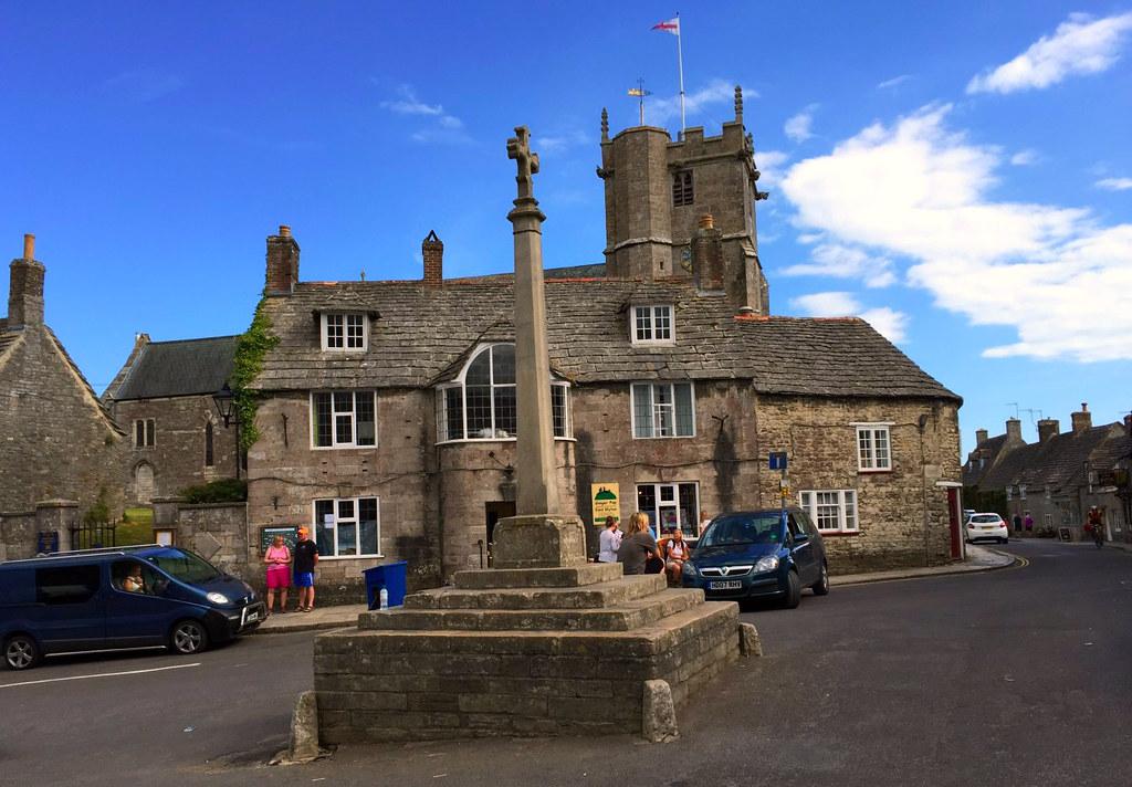 """Castillo de Corfe - La Bruja Novata - Inglaterra castillo de corfe Escenarios de """"La Bruja Novata"""" – Castillo de Corfe 32050388023 5d6a7511b1 b"""