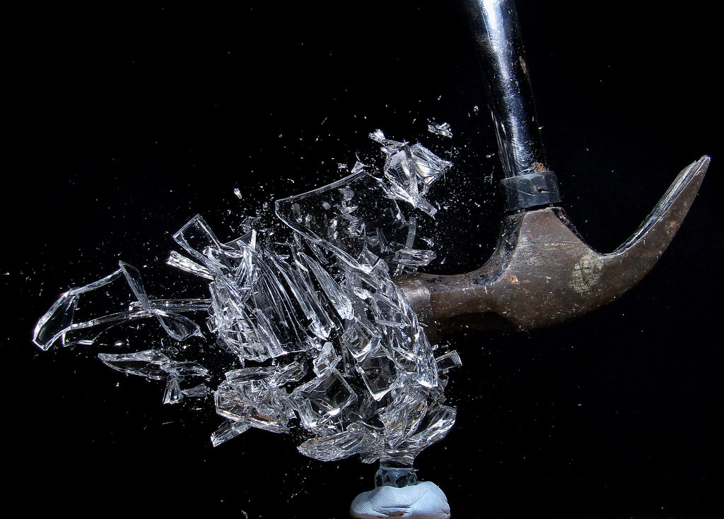 Afbeeldingsresultaat voor broken crystal