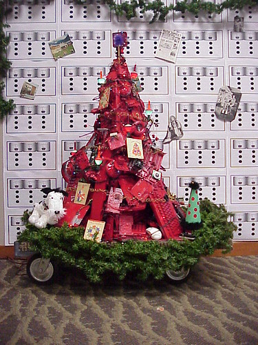Geek Christmas Tree Made From Old Computer Parts Vickie