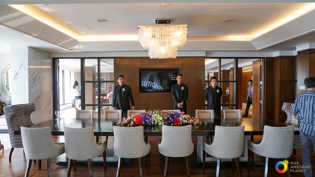 Manila Hotel: V-DAY