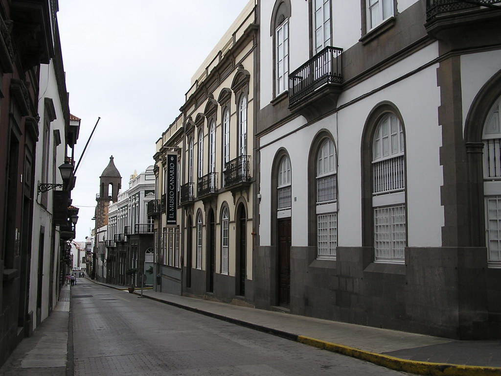 Museo Canario fachada en calle Doctor Chil barrio de Vegueta Las Palmas de Gran Canaria 06