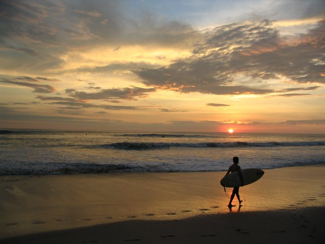 Top 3 Unknown Surfing Hotspots in Costa Rica 1