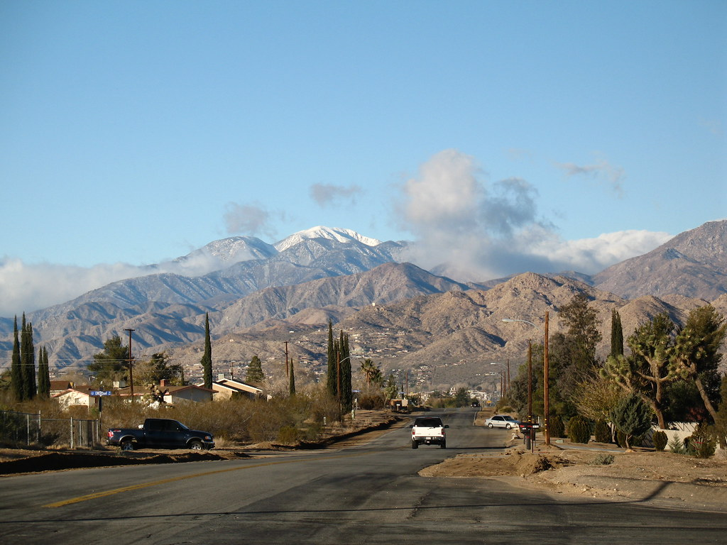 Yucca Valley Looking West On Yucca Ave Toward Mt