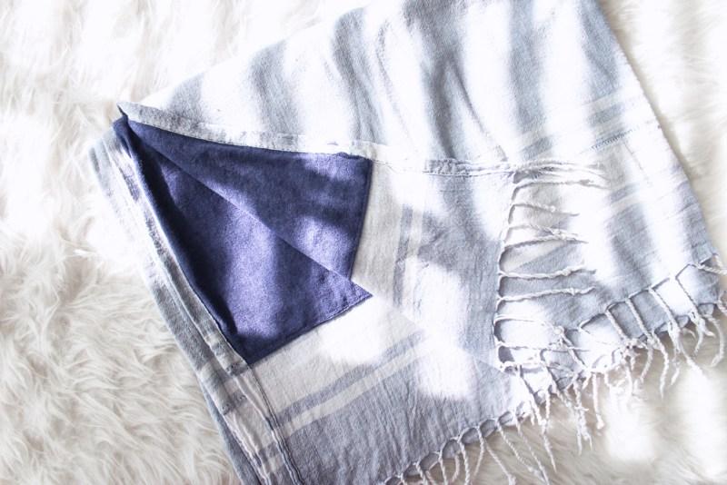 14_beach_bag_essentials_beach_towel