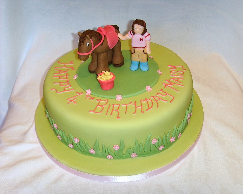 Horse Themed Birthday Cake Www Thecustomcakeshop Co Uk