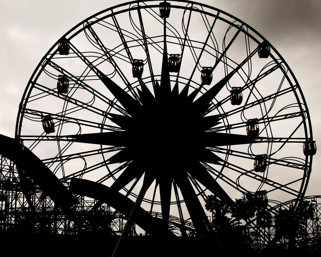 Disney Mickey Ferris Wheel