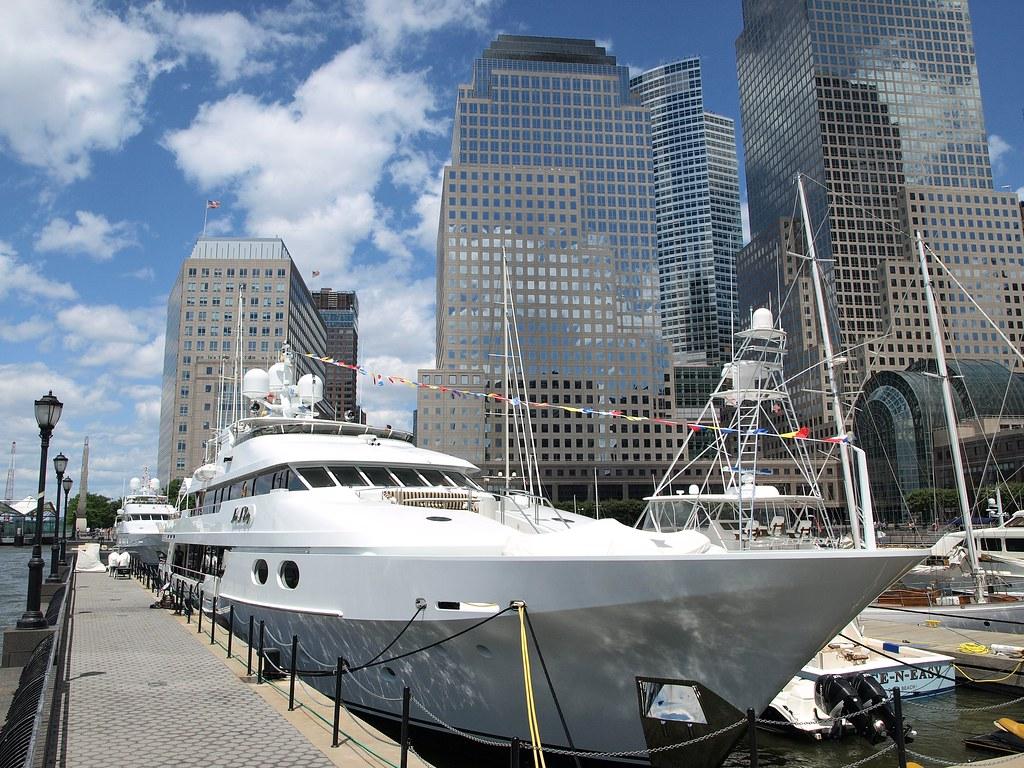 NICE N EASY Yacht North Cove Battery Park City New York