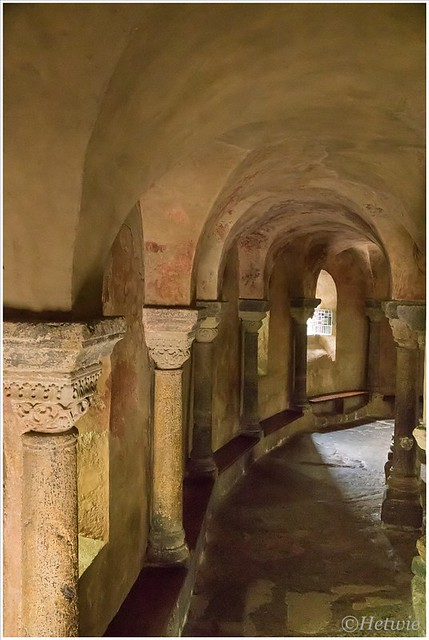 De door de tijd verweerde binnenkant van de Kapel