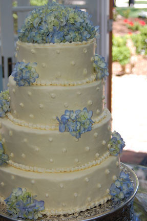 Dotted Hydrangea Wedding Cake Classic Butter Cake With