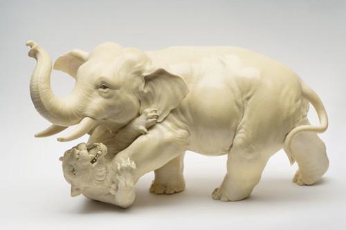 Ivory Okimono Of An Elephant Trampling A Tiger Japan OJ3