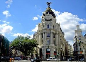 Resultado de imagen de edificio metropolis