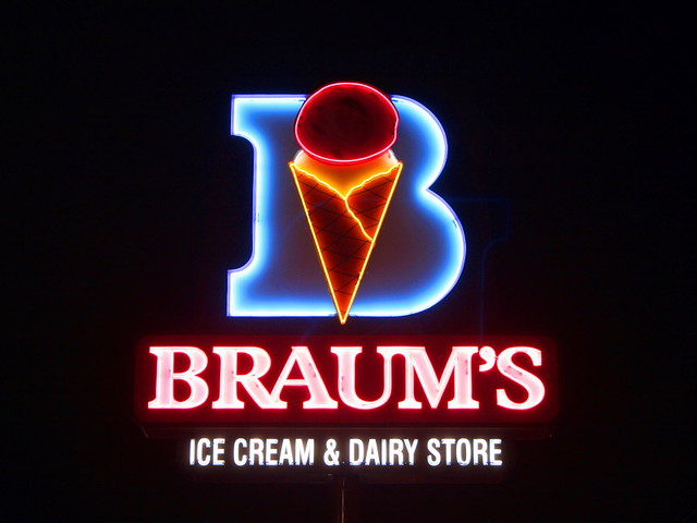 Braum S Ice Cream Amp Dairy Store We Don T Have Braum S In
