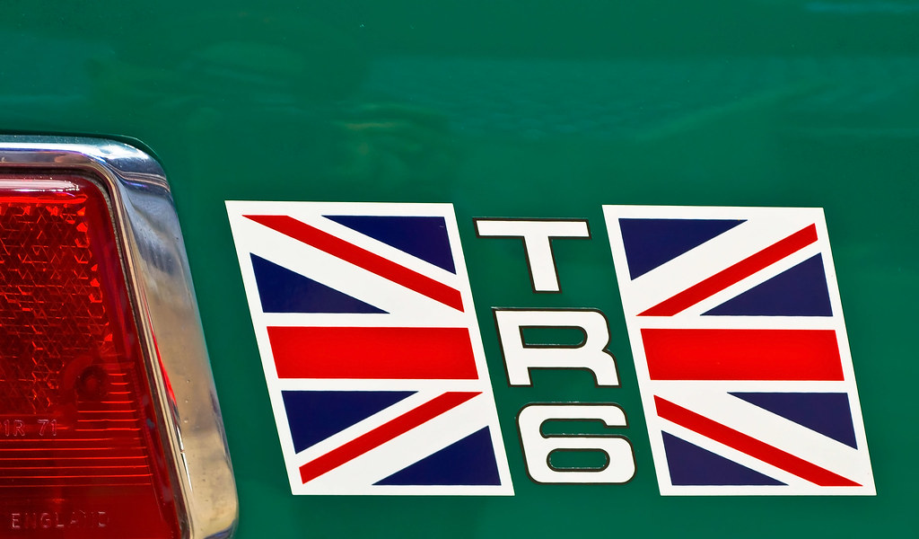 Triumph Tr6 Rear Quarter Panel Union Jack Decal
