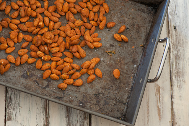 Smoky Paprika Roast Almonds-2
