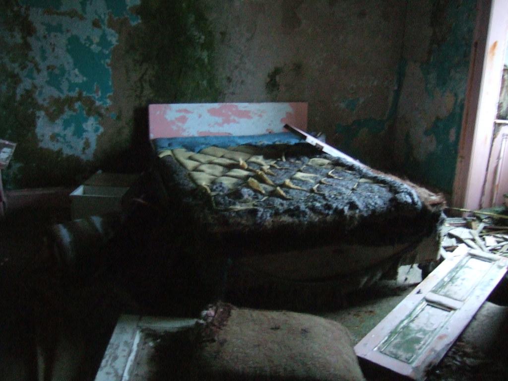 Poor Bed Zoe Anderson Flickr