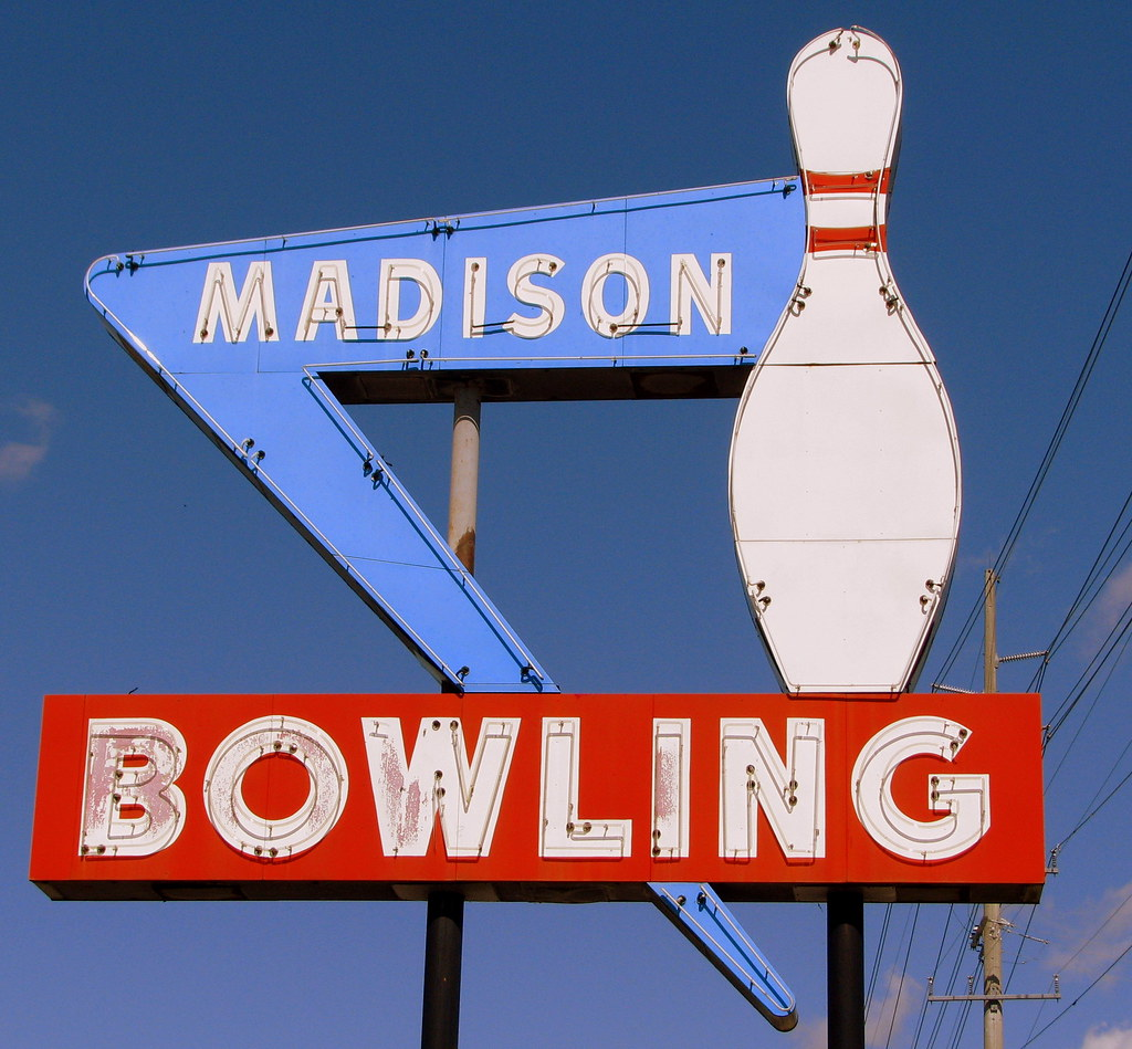 Madison Bowling Neon Sign Gallatin Rd Us31e In The