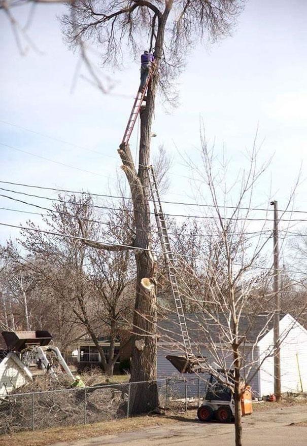 workplace-safety-fails-men-accident-waiting-to-happen-11-58cfea78e8d97__605