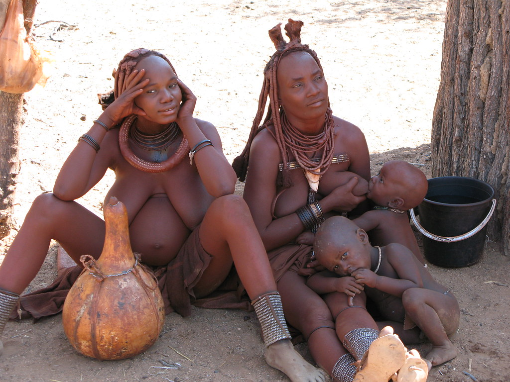 Pregnant African Tribes Women-3905