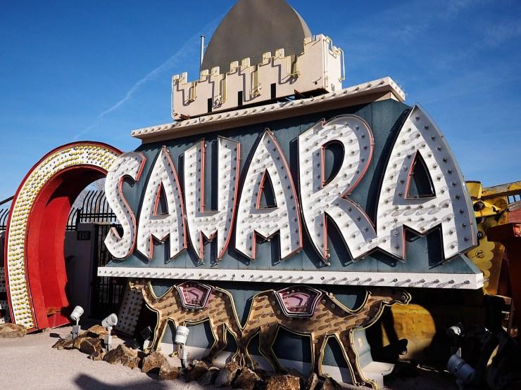 A Weekend in Las Vegas - Due Midwest