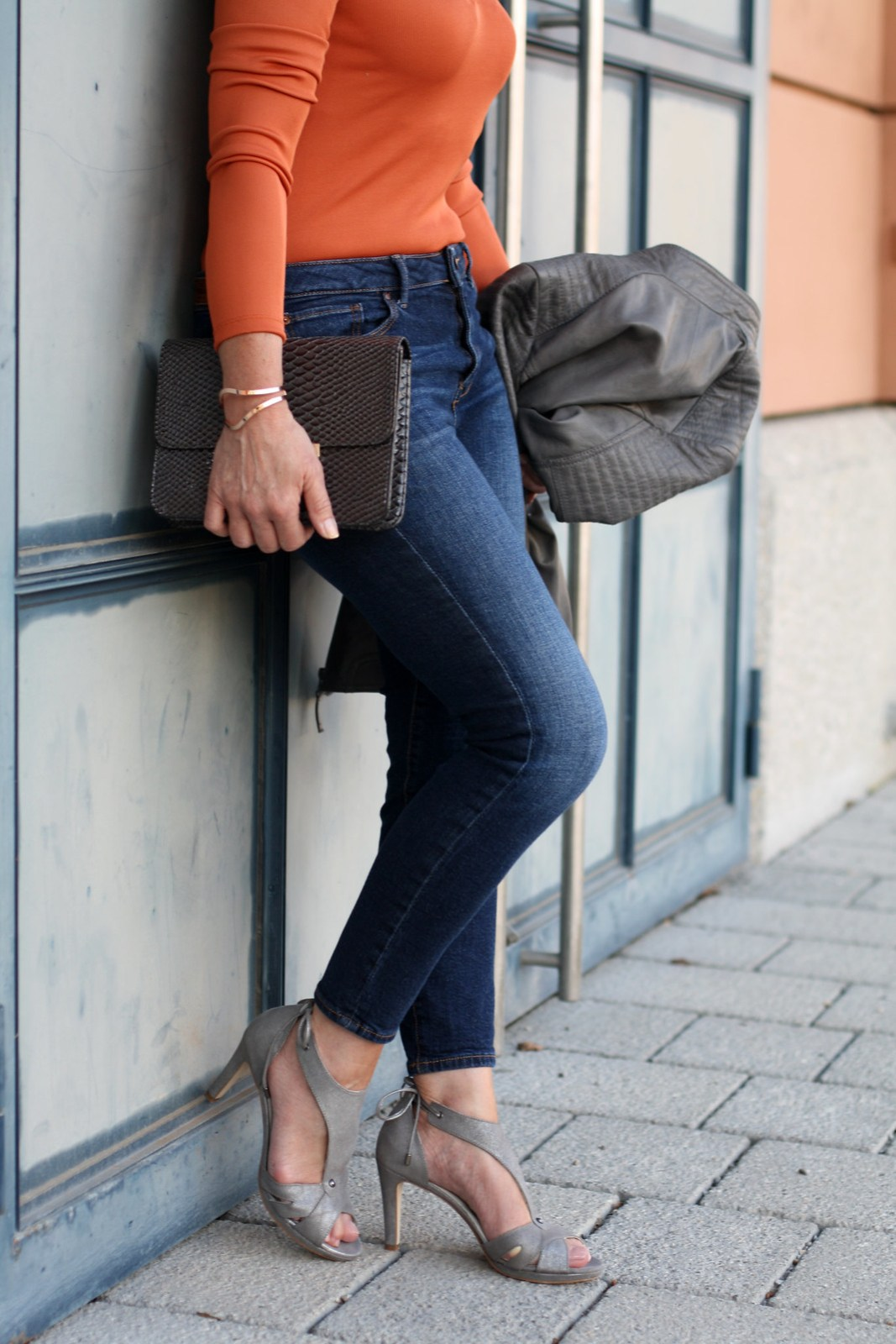 Skinny Jeans Leather Jacket Calla Shoes Sandals LadyofStyle 2