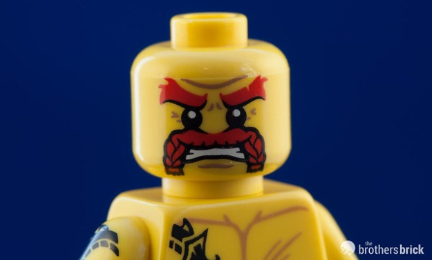 71018 Collectible Minifigures Series 17