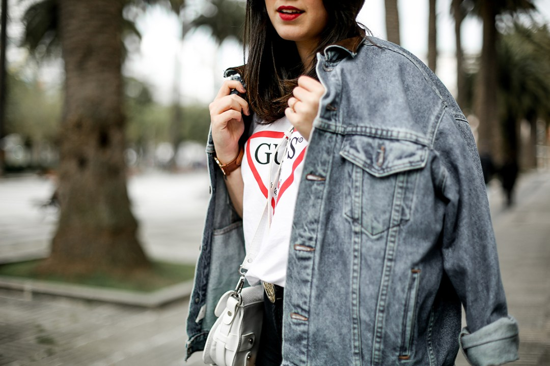 guess-originals-shirt-ripped-jeans-vans-old-skool-myblueberrynightsblog4