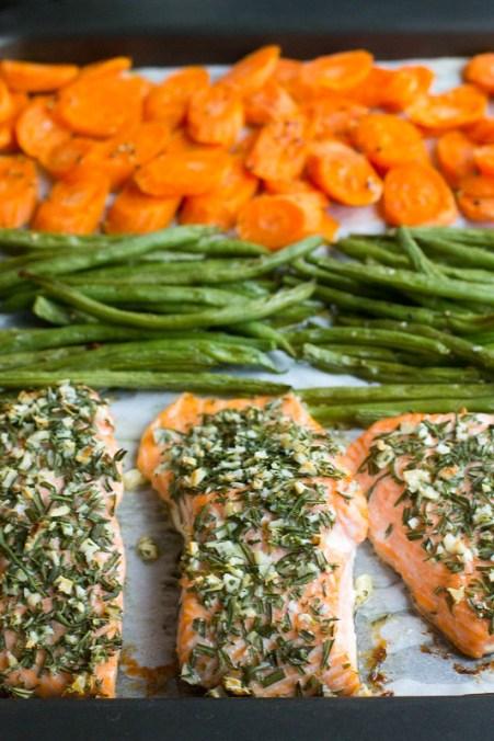 rosemary garlic sheet pan salmon