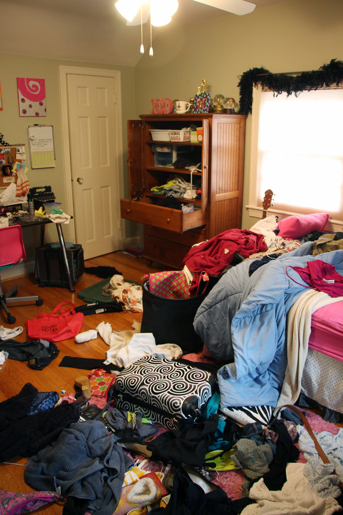 Three Rooms Daughters Bedroom Its Kind Of Rare To