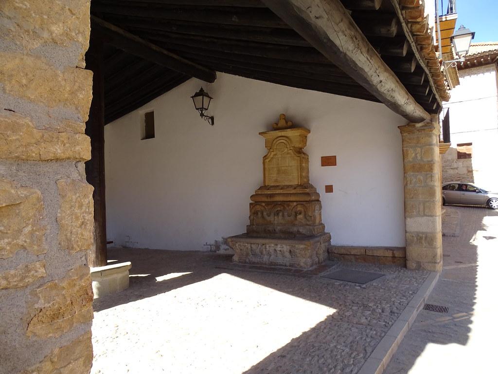 La Iglesuela del Cid Comarca del Maestrazgo Teruel Fuentes 01