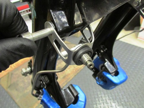 Installing Brake Line Into Bracket on Fork Lower