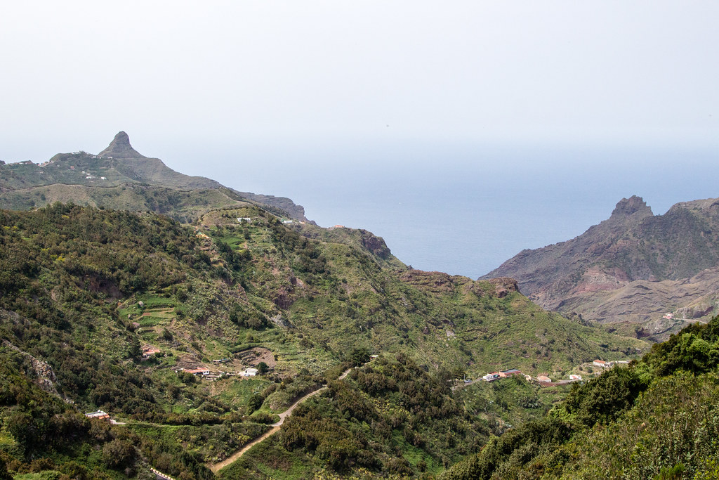 Hiking to Playa Tamadiste